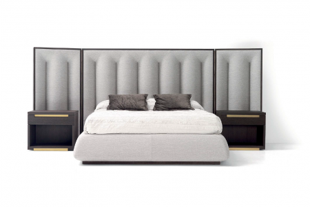 BED TEATRO KING WITH WINGS 157.75W 97D